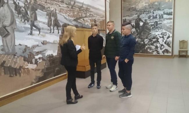 Ребята из школы №345 посетили Музей Победы