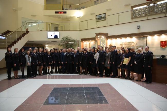 Начальник УВД по ЗАО поздравил сотрудников с Днем штабных подразделений