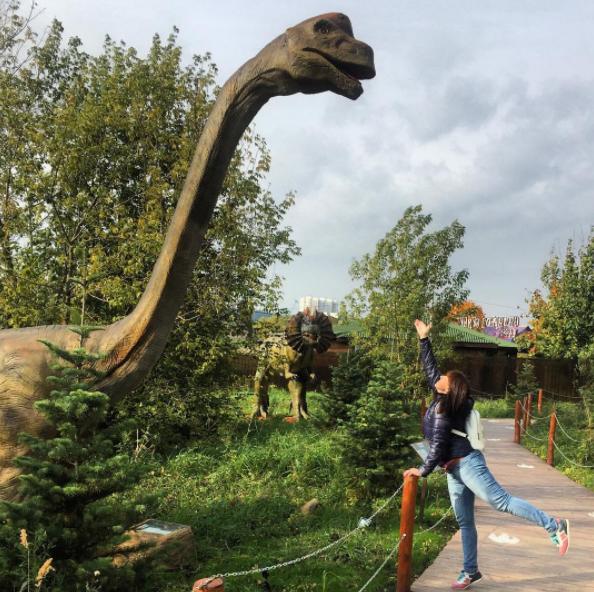 Учителей ЗАО поздравят в парке «Сказка»