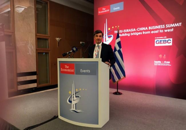 Заместитель директора ИПиНБ РАНХиГС Валерий Смирнов принял участие в бизнес-саммите в Афинах