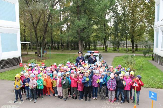 Сотрудники ГИБДД ЗАО примут участие в общегородском профилактическом рейде «ГИБДД в защиту детей»