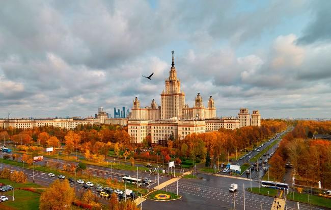 МГУ - в двадцатке лучших вузов мира по физике