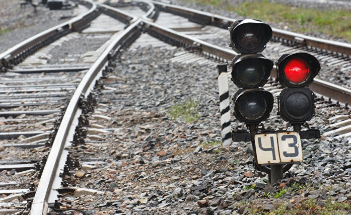 Зачем Литва разобрала железную дорогу?