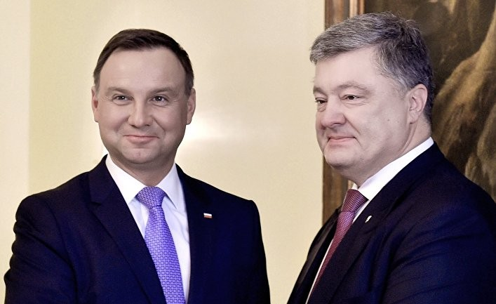 Украина рассорилась не только с Польшей