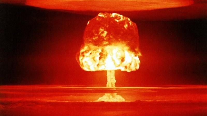 «Большая бита» Трампа: эксперт предупреждает об опасности ядерных амбиций США