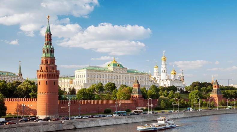 Запад угрожает суверенитету России