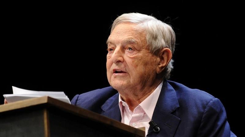 Джордж Сорос передал миллиарды в фонд, финансирующий госперевороты
