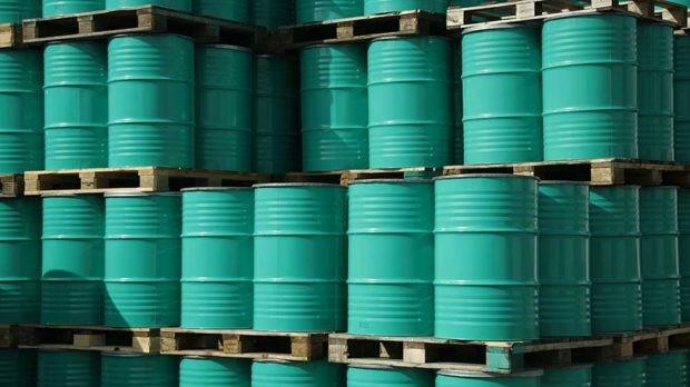 Через 6-8 лет цена на нефть может обвалиться до 10 долларов за баррель