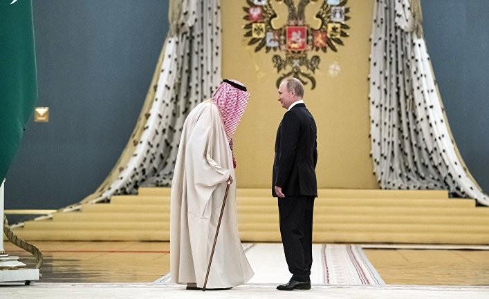 Путин пытается играть главную роль
