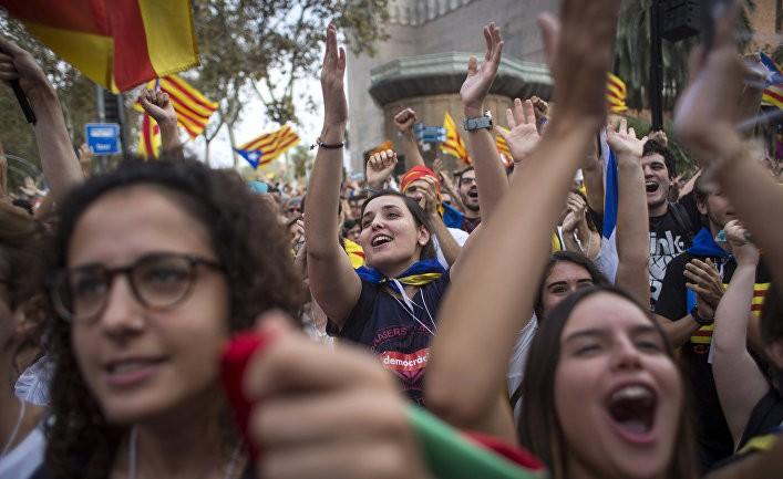 Каталония провозглашает независимость