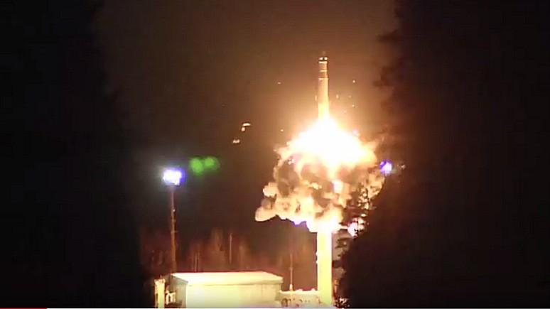 Newsweek: традиции вопреки Путин лично запустил баллистические ракеты на учениях