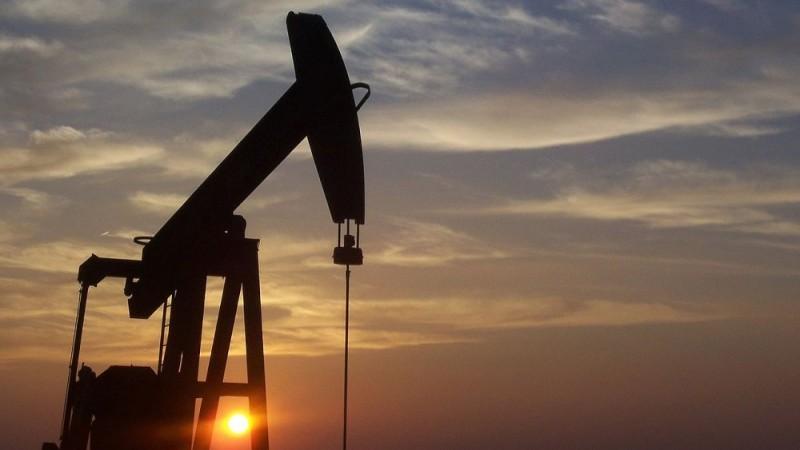 Аналитик предсказал закат эпохи нефтедоллара на фоне улучшения отношений России и Китая