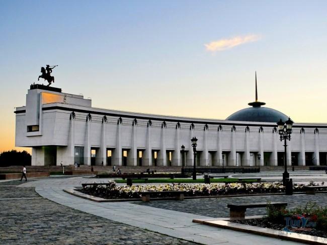 4 ноября 2 000 человек споют гимн России в Музее Победы
