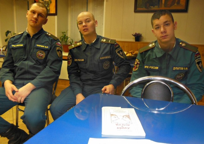 В Фили-Давыдкове обсудили актуальные для молодых воинов темы