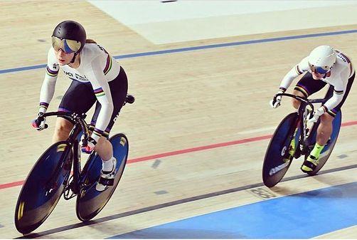Велосипедисты ЗАО взяли 2 медали на этапе Кубка мира