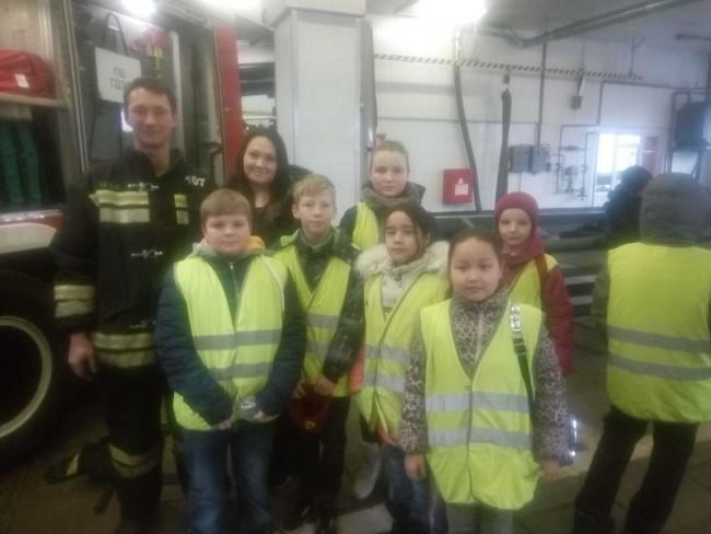 Школьники ЗАО  познакомились с профессией огнеборца