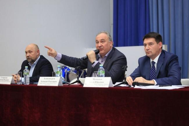 Префект округа Алексей Александров ответил на вопросы жителей