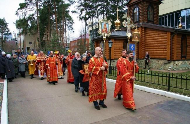 Храм в честь Георгия Победоносца при МЧС отметил малый Престольный праздник