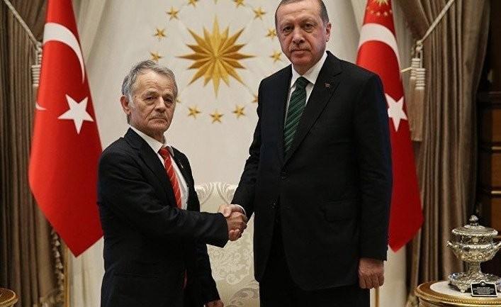 Зачем Турция заигрывает с крымскими татарами