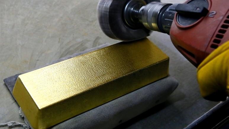 1+1: Плотницкий заявил о намерении добывать золото в ЛНР