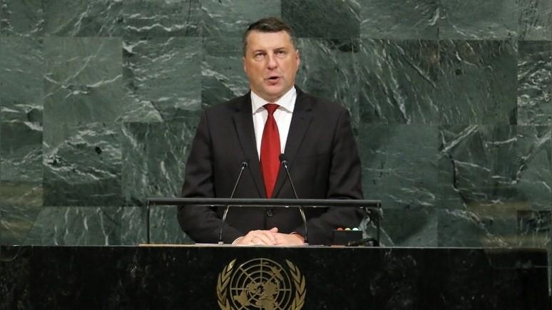 Президент Латвии: нашей стране необходимо стать донором ЕС