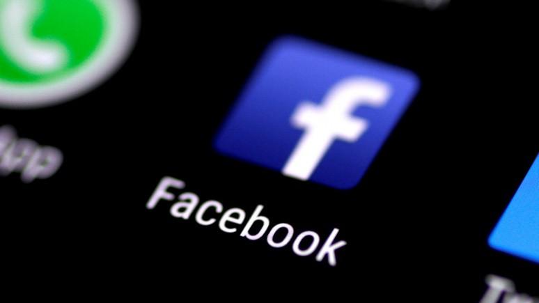 Bloomberg: «специальный инструмент» покажет, кто в Facebook подписался на «российскую пропаганду»