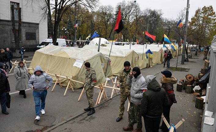 В Киеве снова жгут покрышки