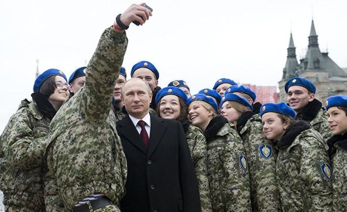 Культ личности Путина терпит крах