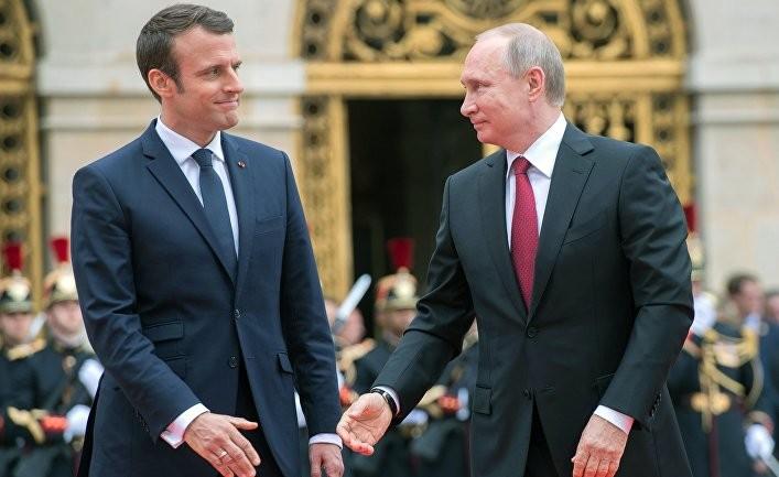 Сирийские послания Путина и ливанская инициатива Макрона
