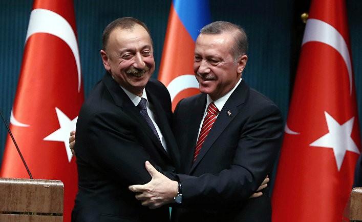 Демарш Алиева против Эрдогана