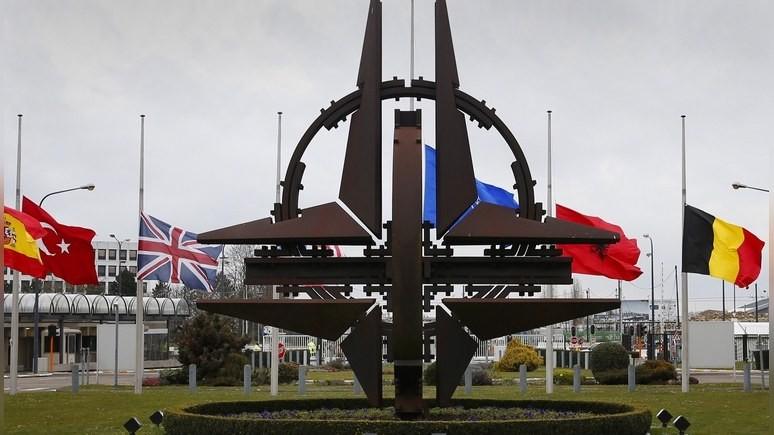 Politico: эксперты советуют НАТО сближаться с Китаем, чтобы дать отпор России