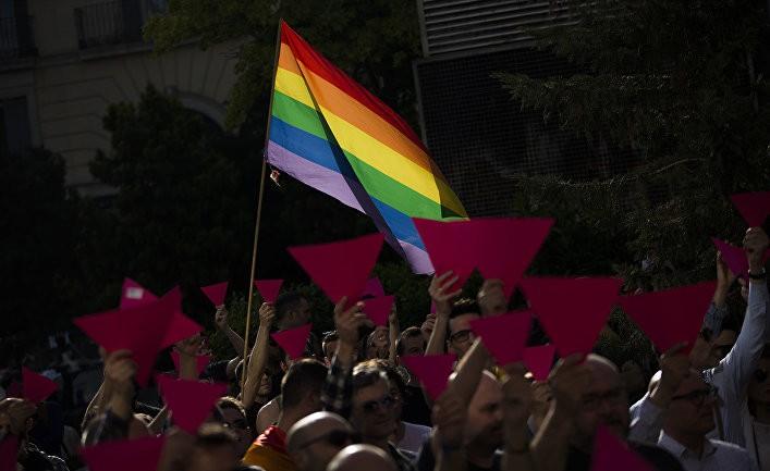 Финский журналист привлек внимание россиян вопросом об ЛГБТ