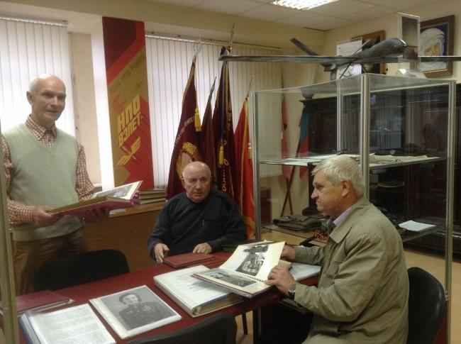 Библиотеку №221 посетили ветераны труда
