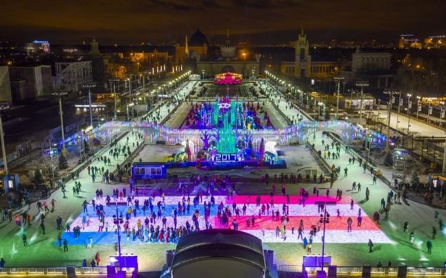 Собянин пригласил москвичей и гостей столицы на главный каток страны на ВДНХ