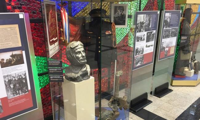 Столичные школы приняли участие в создании выставки «Нормандия-Неман» -75» в Музее Победы
