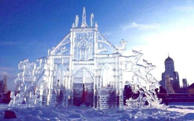 В Парке Победы появится ледяной Шерлок Холмс