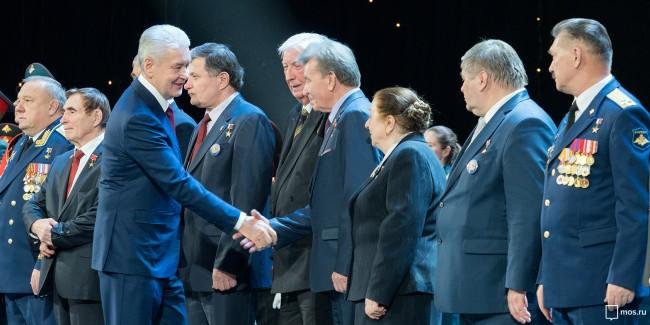 Собянин выступил с поздравительной речью на концерте в честь героев Отечества