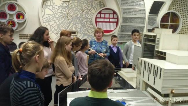 Учащиеся школы № 806 посетили Музей пожарной охраны Москвы