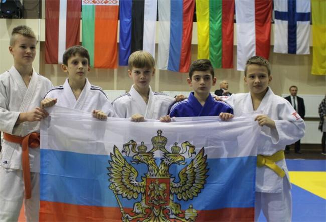 Дзюдоисты школы «Борец» взяли 3 золота в Латвии