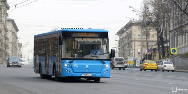 Семьям погибших в аварии у метро «Славянский бульвар» выплатят 500 тыс. рублей