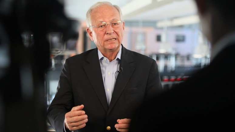 Немецкий политик: от военного конфликта между Россией и США мир спасает только везение