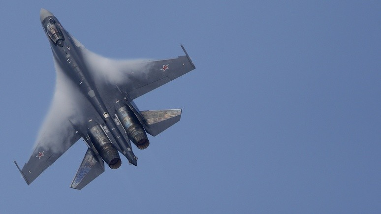 Business Insider вскрыл уязвимость «самого смертоносного истребителя» США перед Су-35