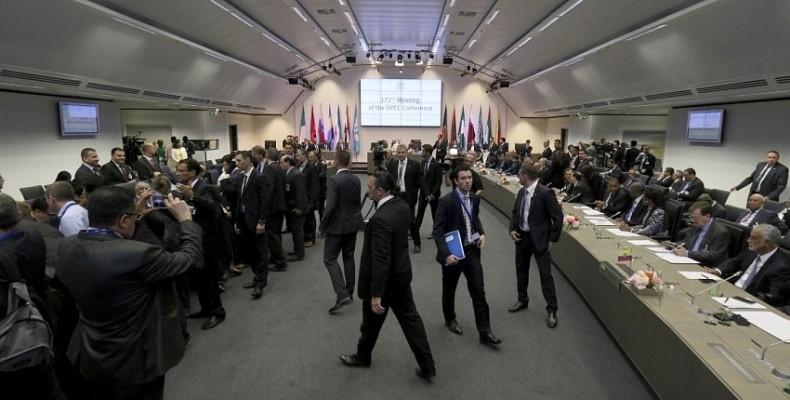 Новые реалии глобального рынка нефти: ОПЕК, сланцевая индустрия США и Россия