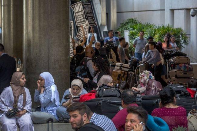Мигранты-мусульмане добиваются успеха в России, несмотря на ксенофобию