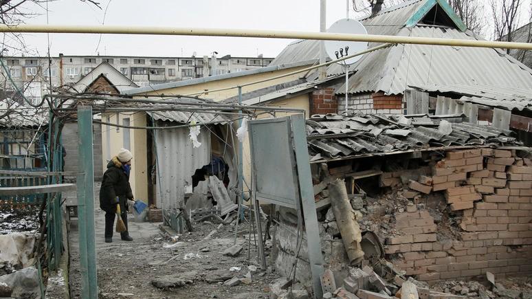 УП: молодые украинцы боятся войны и мечтают уехать на Запад